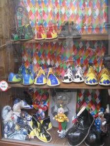 Paris_Clownshoes (3)