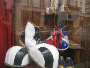 Paris_Clownshoes (5)