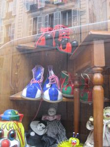 Paris_Clownshoes (6)